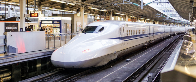 10 Ways to Entertain Yourself when traveling on the train in Japan