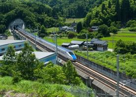 Nagano and Hokuriku Shinkansen line